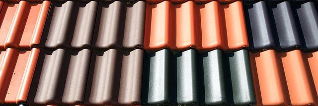 Différents coloris de tuiles terre cuite